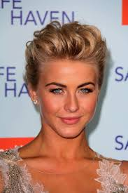 what kind of hairstyle does julienne huff have in safe haven julianne hough 10 short hairstyles 09 julianne hough 10 short