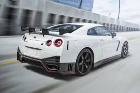 nissan gtr nismo 2018 2016 nissan gt r with more ponies and new 45th ann gold edition