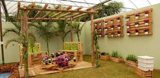 Pallets Garden Ideas 39 Outdoor Pallet Furniture Ideas And Diy Projects For Patio