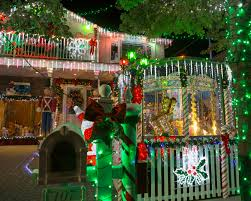 the great christmas light show great christmas light fight premiere st nick craft show and