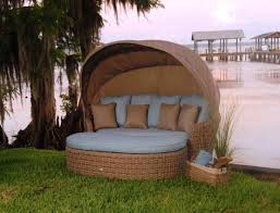 Providence Outdoor Daybed by Daybed Outdoor Wicker Rattan Patio Daybed With Canopy Awesome