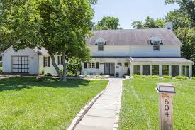 Sloping Lot Rustic Chestnut Hill Colonial On Big Lot Asks 695k Curbed Philly