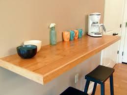 tablette murale cuisine la table murale rabattable est un meuble moderne qui organise vos