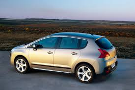 peugeot 3008 cars 2010 peugeot 3008 awarded u0027what car u0027 car of the year photos 1