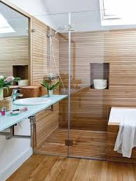 ducha con revestimiento de madera baño pinterest