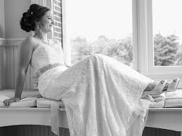 secondhand wedding dresses secondhand wedding dresses women are selling their wedding