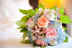 hydrangea wedding bouquet wedding bouquet of roses and hydrangea
