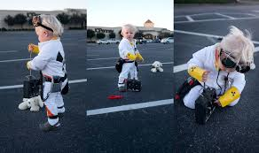 mom makes pop culture halloween costumes for her babies