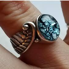 cremation jewelry rings left
