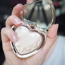 love light prismatic highlighter too faced love light prismatic highlighters health beauty makeup