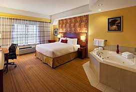London Hotel With Jacuzzi In Bedroom Courtyard By Marriott London Ontario Hotels Canada