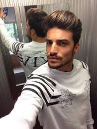 what is mariamo di vaios hairstyle callef mariano di vaio in a classy dandy smoking dress to impress