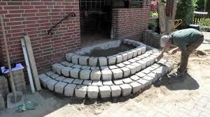 treppe betonieren treppe aus granit steine mov