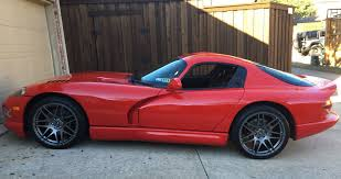 97 dodge viper gts buy of the day 1997 dodge viper gts cars