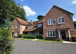 2 bedrooms houses for rent find 2 bedroom houses to rent in guildford zoopla