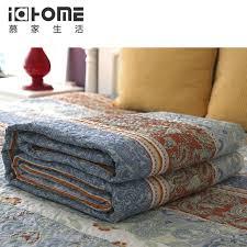 plaid boutis pour canapé rom styles couvre lit pour literie chambre canapé couvre lit