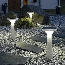 Best Solar Powered Outdoor Lights Solar Outdoor Lighting Reviews Image Of Best Solar Powered