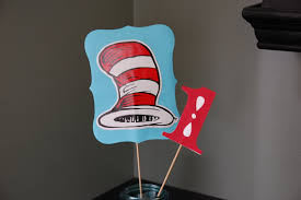 Cat In The Hat Table Centerpieces by Dr Seuss Centerpieces One I Am Birthday 1st Birthday Cat