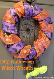 Easy Halloween Wreath by Halloween Witch Wreath