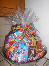 snack baskets gift baskets balloon notes