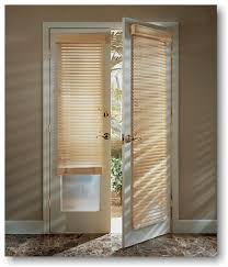 The Light That Blinds Blind Alley Hunter Douglas Country Woods Wood Blinds Portfolio