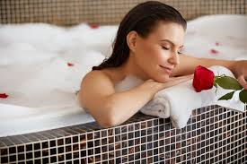 Women Bathtub Is Apple Cider Vinegar A Real Remedy For Fungus
