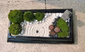miniature zen garden for relaxing small garden ideas
