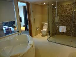 regal badezimmer badezimmer regal suite picture of sivatel bangkok bangkok