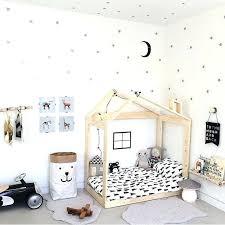 decoration etoile chambre decoration etoile chambre chambre enfant idee peinture