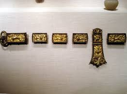 file belt buckle and ornaments gilt bronze and copper sui