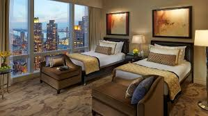 macy s thanksgiving day parade hotels top hotels travel channel