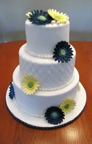 25 best daisy wedding cakes ideas on pinterest daisy cakes