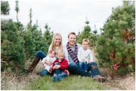 christmas tree farm chicago family photography blossom lane