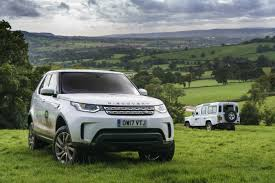 land rover suv 2018 2015 land rover defender 110 vs 2017 land rover discovery