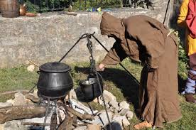 chaudron pour cuisiner cuisine et épices la compagnie excalibur la compagnie des
