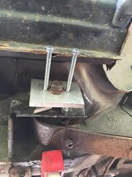 jeep xj leaf springs leaf bolt would not come out after i got it the nut so