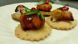canapé bouche amuse bouche aloo tikki chicken tikka canape picture of