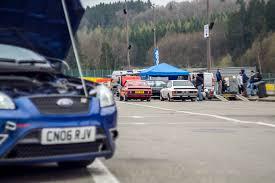 voiture de sport 2016 images gratuites piste véhicule voiture de sport voiture de