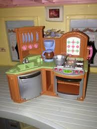 loving family kitchen furniture fisher price loving family dollhouse fisher price violets