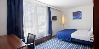 Comfort Inn St Charles Holiday Inn Express Marseille Saint Charles Hotel By Ihg