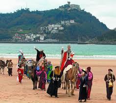 imagenes de los reyes magos y sus animales los reyes magos llegarán a la zurriola en camello diariovasco com