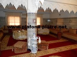 decoration en platre décoration des salon marocain zellige beldi plafond platre