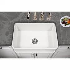 white farmhouse sink click through for more farmhouse sinks and