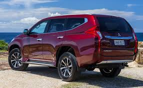 pajero sport mitsubishi 2018 mitsubishi pajero sport concept and predictions 2018 2019