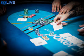 Big Blind Small Blind Rules How To Deal Poker As A Poker Dealer