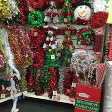 dollar tree 11 reviews discount store 3825 plaza dr