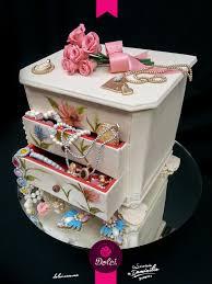 themed jewelry box jewelry box cake by susgene on cakecentral birthday ideas