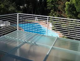 terrasse transparente avantages et inconvénients des balcons en fibre de verre