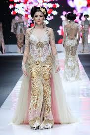 wedding dress batik 69 best kebaya indonesia images on traditional dresses