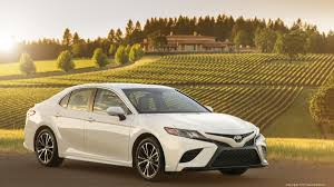 automotive minute all new 2018 toyota camry sheds boring commuter